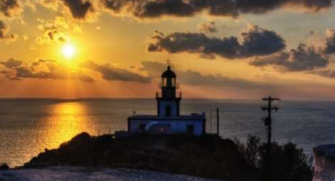 The lighthouse (Faros), Santorini